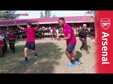 Durban school students teach Arsenal Under-19s traditional dance!