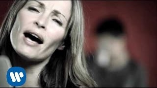 Amarrado a ti (Dueto con Sharon Corr)  (videoclip oficial)