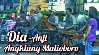 Asik Cuy! Lagu Dia Anji dicover Pengamen Angklung Malioboro