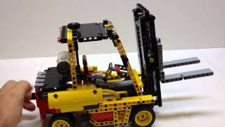 LEGO Technic Forklift Truck Review, Set 8052 C-Model
