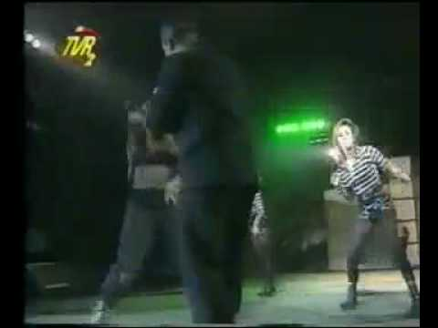 Cappella - U Got 2 Know (performance in Romania)