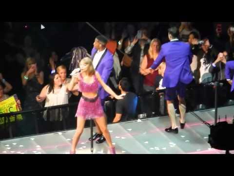 Taylor Swift 1989 Tour: Omaha, NE