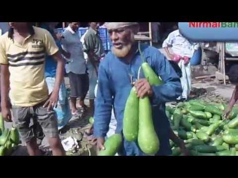 কাওরান বাজারে সকালের অবস্থা: Karwan Bazar in Dhaka