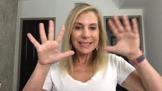 """10 Tips For Approaching A Hot Cougar In 5 Seconds - Mel Robbins' """"The 5 Second Rule Applied"""""""