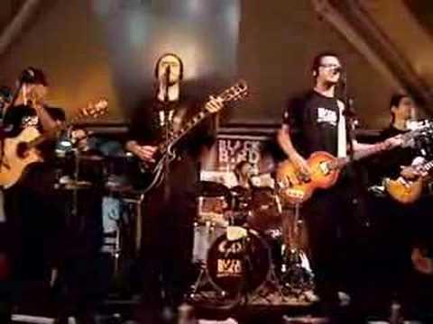 Black Bird Band - Happiness is a Warm Gun