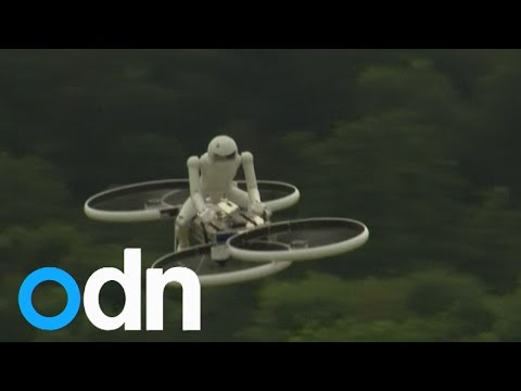 Mini hoverbike takes off in the UK