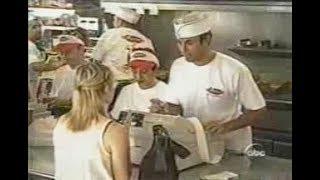 Enrique Iglesias incognito @ McDonald's like restaurant (hidden camera)