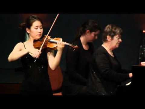48. MHIVC 2011 - Round 1 - Competitor 15 - Min Kyung Sul B