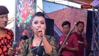 Nyusubi Weteng Dede Nurfa MUSTIKA live Petoran Lor.mp3