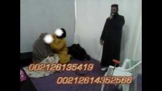Repeat youtube video مشهد خطير وحقيقي لجني يحاول تمزيق ملابس امراة