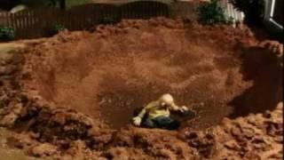 sąsiedzi budowa basenu parodia Thumbnail
