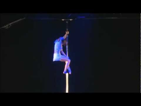 'Don't Let Your Feet Touch Ground' Pole Dance Routine