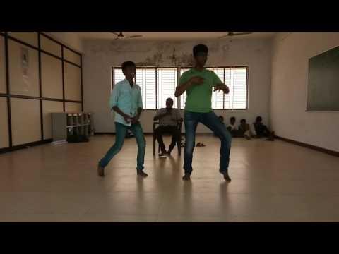 Sivalinga movie rakarakara song dance by...