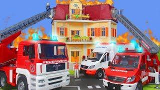 Feuerwehrauto Krankenwagen Feuerwehrmann & Spielzeugautos für Kinder   Bruder Spielwaren & Playmobil