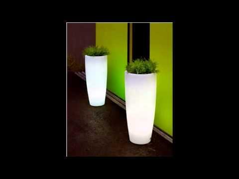 Maceteros iluminados jardineras iluminadas maceteros - Maceteros plasticos grandes ...