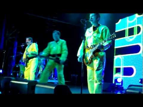 Devo - Live In Japan 5-28-79 (Part 1) from YouTube · Duration:  10 minutes 20 seconds