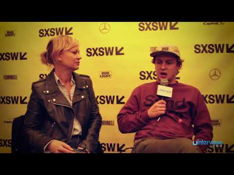 Samantha Mathis & Logan Miller On 'You Can Choose Your Family,' Jim Gaffigan