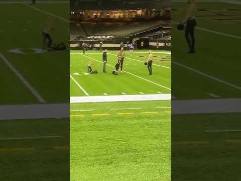 Tom-Brady-Throws-Touchdown-Pass-To-Drew-Brees-Son
