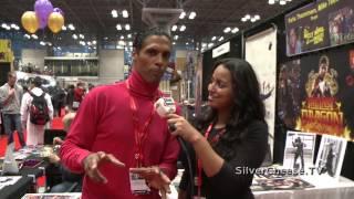 Baixar The Last Dragon's Taimak at the NYCC 2013 - Erika Santos interviews Taimak