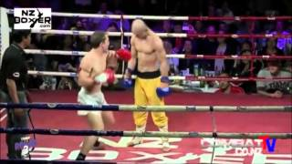 Yi Long, Shaolin Monk who resists K O !  Boxing ! MMA thumbnail