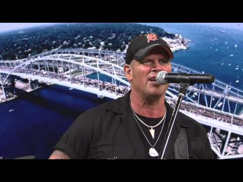 """North Country Flyers """"Blue Water Country"""" / The GMo Show"""