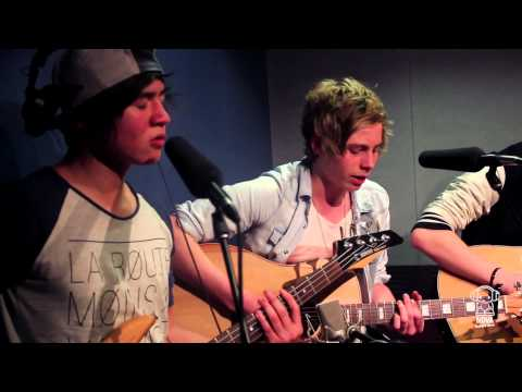 """5 Seconds of Summer """"As Long As You Love Me"""" Nova Acoustic"""