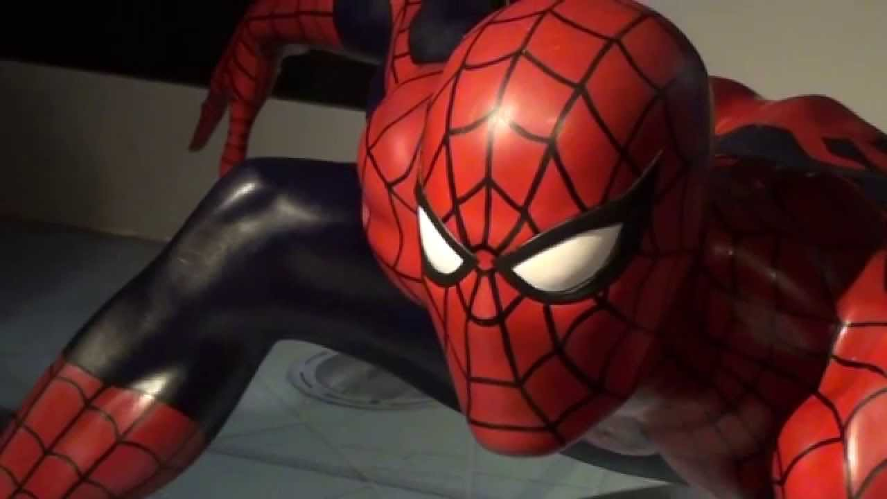 Marvel comic book superheroes at madame tussauds london - Spiderman ironman and hulk ...