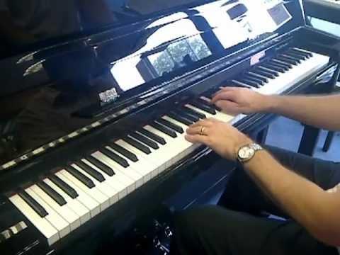 Sandner SP100 Upright Piano