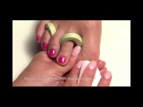 CND Shellac Pedicure Application Step by Step Tutorial | www.Nailsrus.ca
