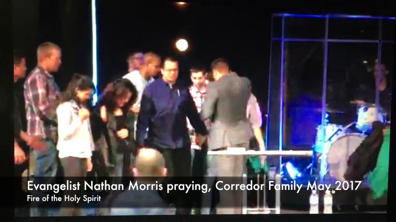 Evangelist Nathan Morris praying, Corredor Family May 2017