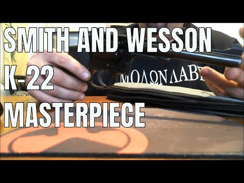 Smith & Wesson K-22 Masterpiece: Old world excellence.