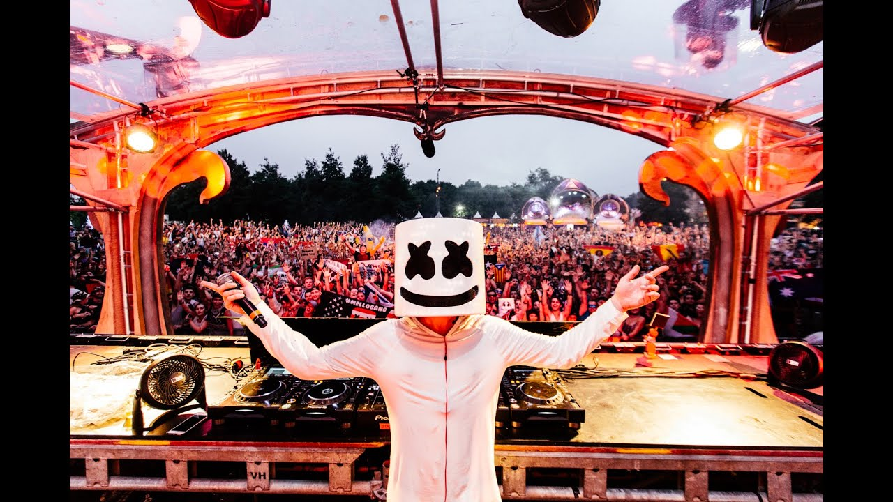 Marshmello at Tomorrowland Music Festival in Boom, Belgium ...