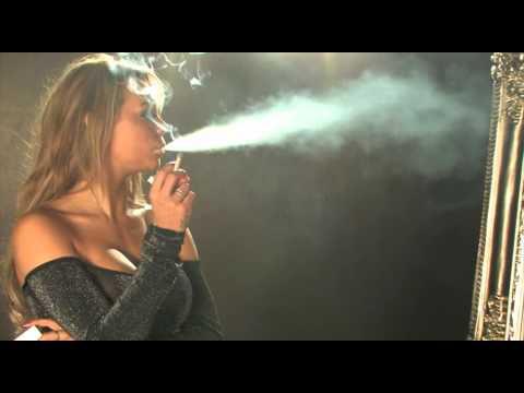 Katie smoking letöltés
