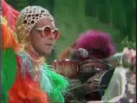 Elton John - Crocodile Rock (The Muppet Show)