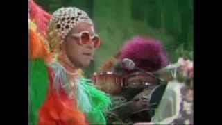 Elton John - Crocodile Rock (The Muppet Show)