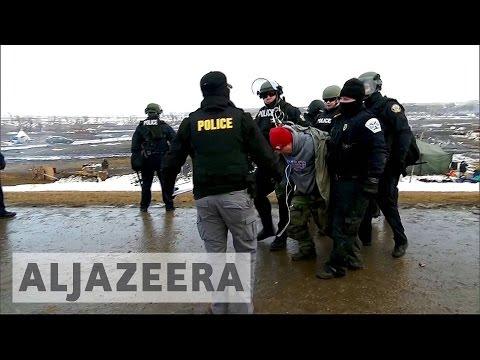 US police arrest Dakota pipeline protesters