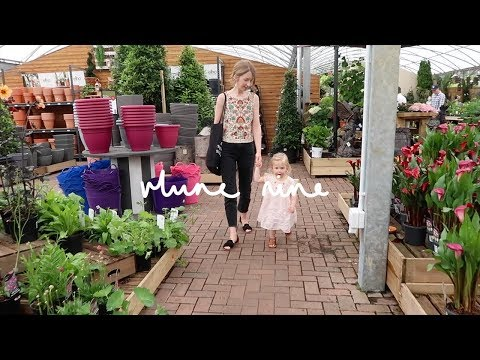 GARDEN CENTRE ANTICS | VLUNE