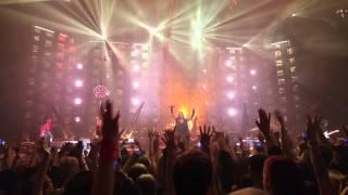 Mötley Crüe - Intro & Girls, Girls, Girls LIVE @ Helsinki 18.11.2015