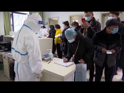 Число погибших от коронавируса в Китае достигло 107 человек.
