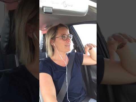 Jeg ved simpelthen ik´ hva´ jeg skal kalde denne video...men det er ik´ rart!!