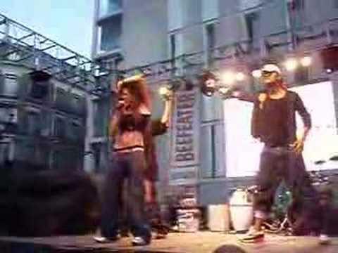 Estrella - Que me puede Quedar en el Orgullo Gay 2006