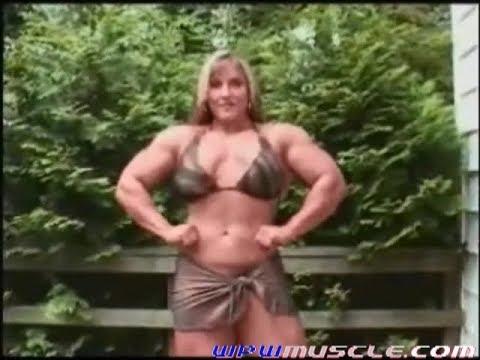 sexy-gina-davis-bodybuilder-dark
