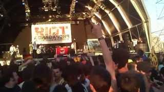Riot Propaganda - Bailare sobre tu tumba - Viña Rock 02/05/2013