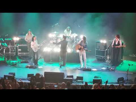 Rick Astley & Blossoms-This Charming Man + There Is A Light That Never Goes Out-O2 Forum-09/10/12