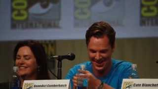 Benedict Cumberbatch does Smaug voice - The Hobbit Panel Comic-Con 2014