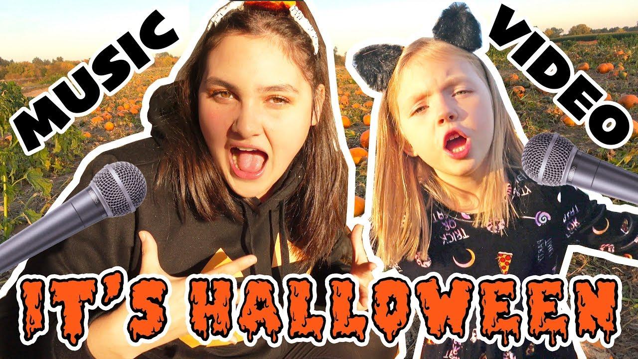 halloween music video! the toytasitc sisters! kids halloween music