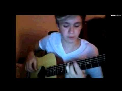 Niall Horan - How to play Live While We're Young on guitar