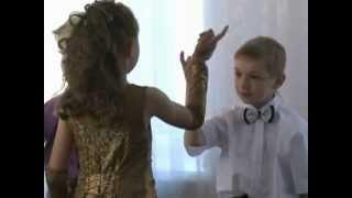 танец  'Девчонки -мальчишки'- выход на выпускной в детском саду
