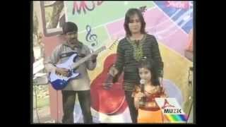 Guru stotram sung by Jiniya Chatterjee on Tara Music T.V.Kolkata