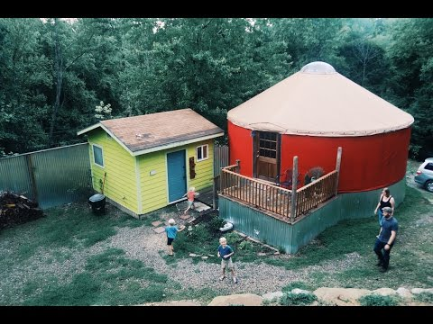 Yurt Glamping - A Night In The Round